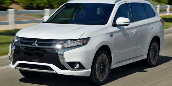 Mitsubishi Motors will offer a fleet-only version of its Outlander PHEV for 2019.