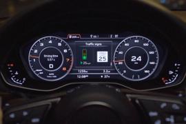 Audi Rolls Out Green Light Speed Advisories