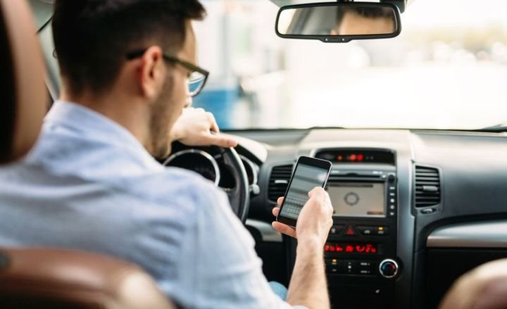 Drivers increasingly used their cellphones in California in 2018 over the prior year.