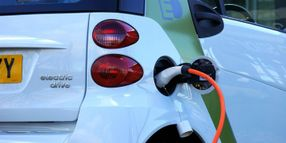 AAA: Cold Temps Reduce EV Range by 41%