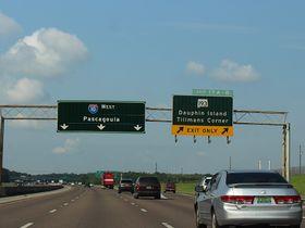 Alabama Rolls Out Left-Lane, Seat Belt Laws