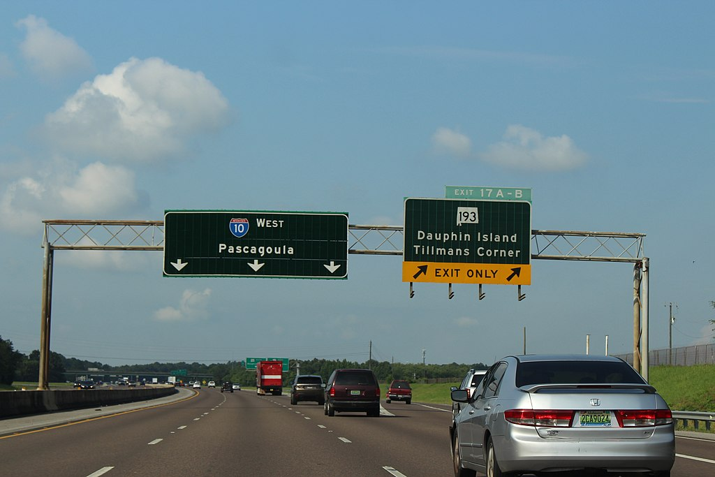 Alabama has rolled out new laws to address road rage and unbuckled passengers. View of Interstate 10 westbound in Mobile County.