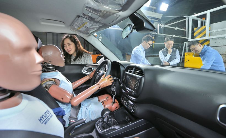 Hyundai will eventually offer an air-bag system that can protect occupants during a second or third collision.  - Photo courtesy of Hyundai.