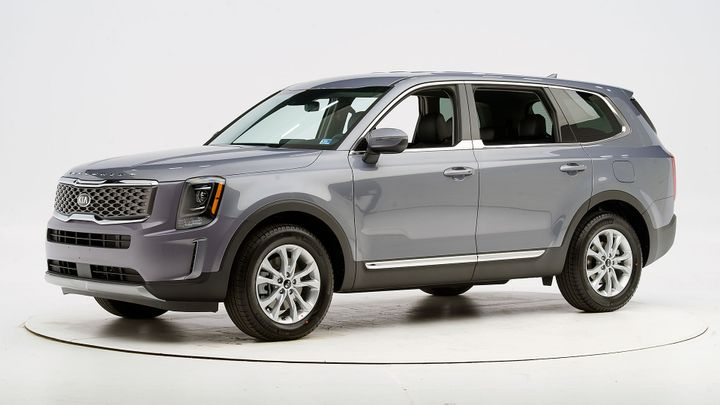 Kia's new three-row Telluride SUV has earned a Top Safety Pick.