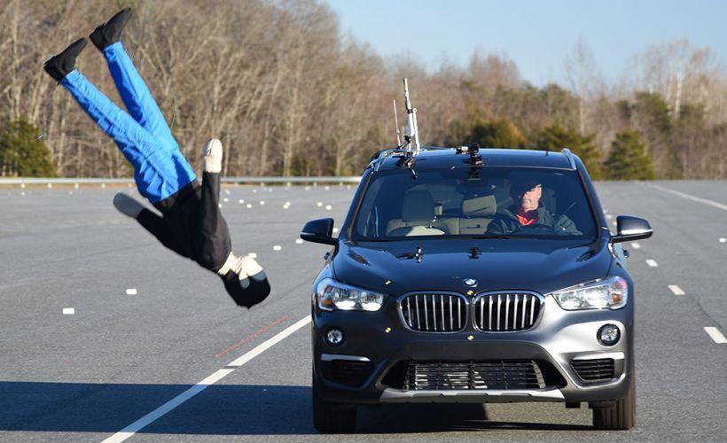Nine Compact SUVs Score Well on IIHS Pedestrian Test