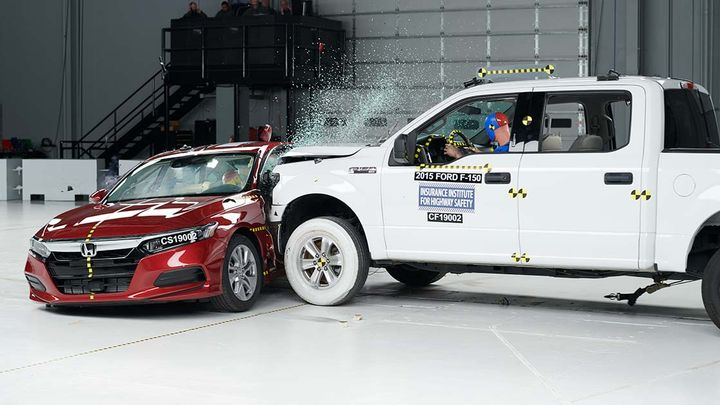 The institute's new side crash test, which will begin in 2020, has been designed to better simulate a real-world scenario. - Photo courtesy of IIHS.