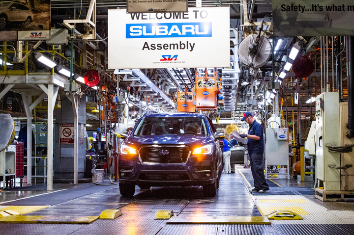 Photo of first 2019 Ascent produced in Indiana courtesy of Subaru.