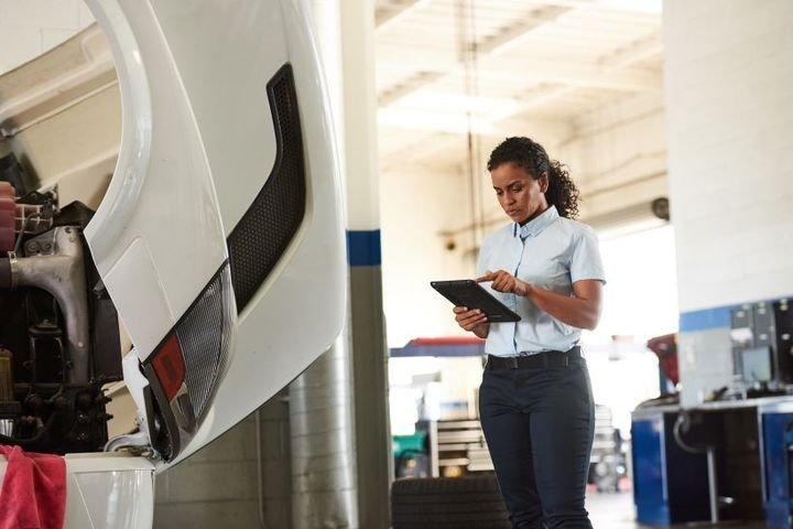 Service fleets should see a 40% increase in business during the holiday season, according to new data from Verizon Connect.