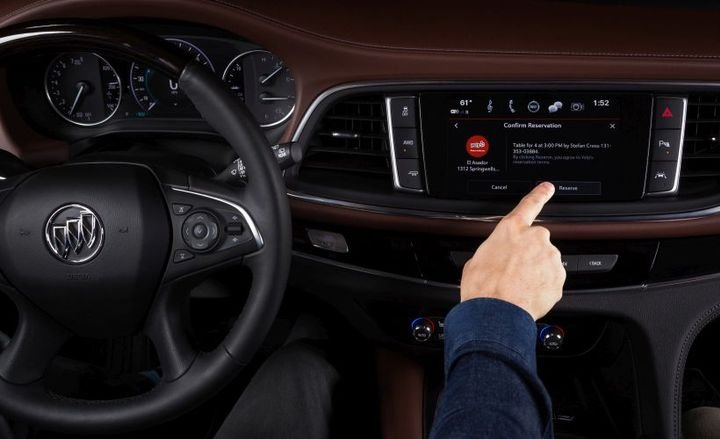 Buick will add the Yelp Reservations app to allow drivers to make reservations while on the go.