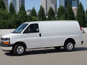 GM Recalls Chevrolet Express, GMC Savana for Seatbelt Warning Issue