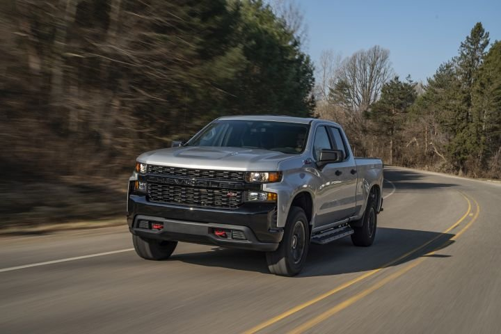 The 2020 Chevrolet Silverado 1500 adds expanded availability for its 6.2L V-8 engine. Trail Boss model shown.