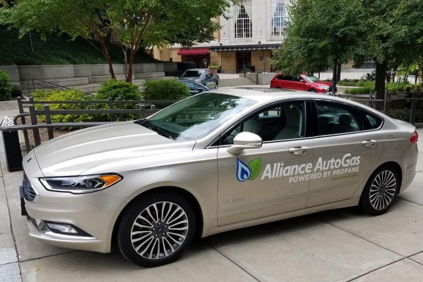 An autogas-propane hybrid Fusion would improve fuel economy and reduce emissions.