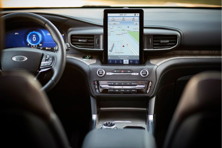 The 2020 Explorer platinum includes a 10.1-inch portrait touchscreen that rests on the dash.