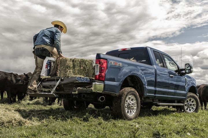 Ford has added a few updates to its 2019 Super Duty pickups, which include the F-350 XLT (shown).