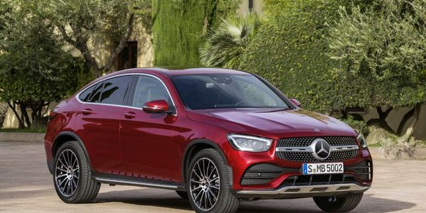 Mercedes-Benz will offer corporate incentives for its 2020 GLC (shown) and GLA SUVs.