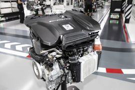 Mercedes-Benz Develops 416-HP Four-Cylinder Engine