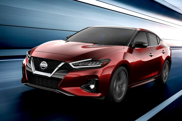 Nissan's flagship Maxima sedan will get a midcycle refresh for 2019.