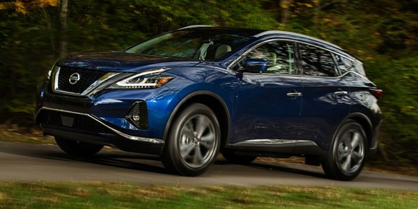 Nissan is refreshing its 2019 Murano near-luxury midsize SUV.