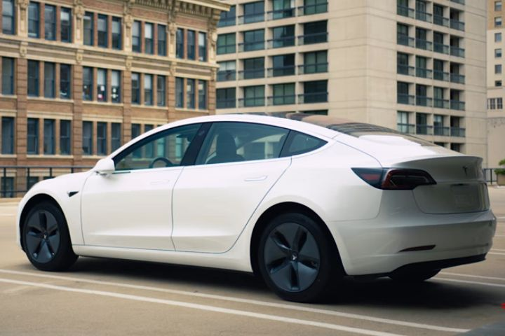 NHTSA Refutes Tesla's Safest Vehicle Claim