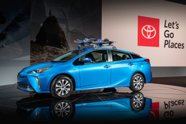 2019 Toyota Prius Adds All-Wheel Drive