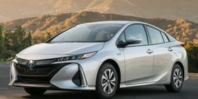 Toyota Recalls Prius Hybrids for Engine Wire Harness
