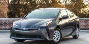 Toyota Recalls 2019 Prius for Inoperative Display