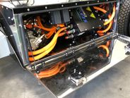 SEA Hino EV由该公司的SEA Drive驱动,并提供动力系统