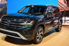 The Refreshed 2021 Volkswagen Atlas Includes New Telematics Tech