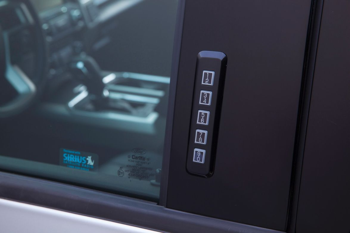 Hard buttons on keypad:Pickup truck drivers prefer tactile feedback, allowing easier usability...