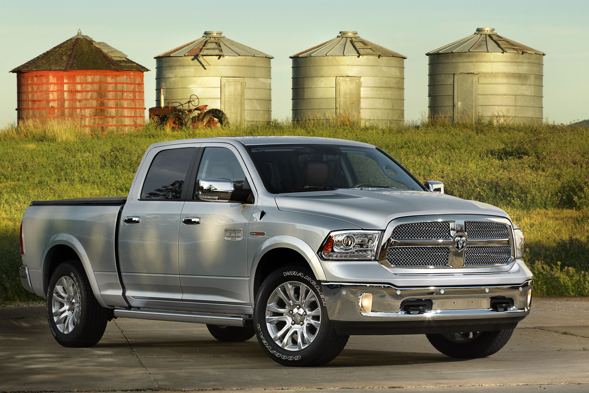 The new 3.0L EcoDiesel engine option on the Ram 1500 is matched with a new TorqueFlite...