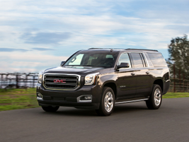 The 2016 Yukon Denali XL is powered by a 6.2L V-8 that makes 420 hp and 460 lb.-ft. of torque.