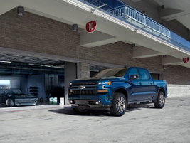 Silverado RST is a new trim for 2019 with body-color trim and full LED lighting.