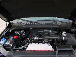 The 3.3L Ti-VCT V-6 makes 290 hp and 265 lb.-ft. of torque.