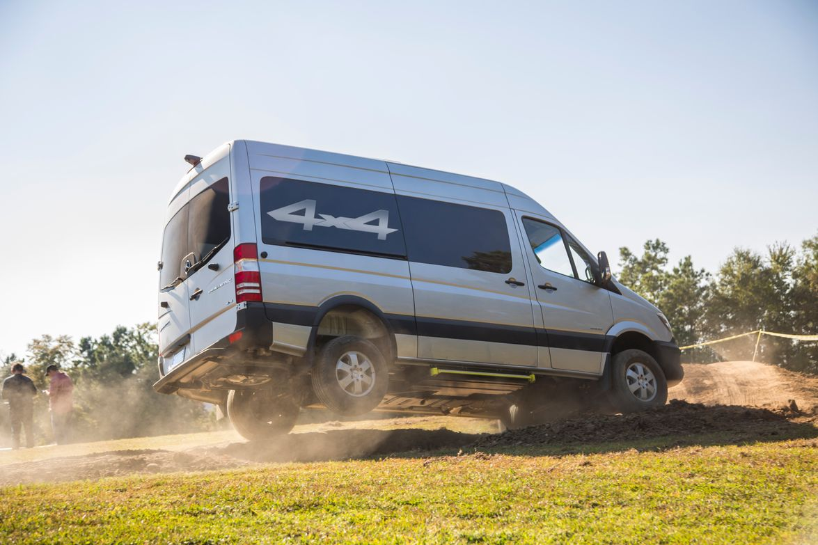 The 4x4 version of the MY-2015 Sprinter will be offered in the first quarter of 2015.