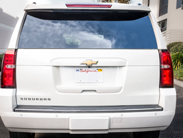 The rear window and the power rear liftgate can be opened remotely and independently.