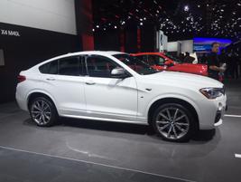 2016 BMW X4 M40i luxury mid-size SUV