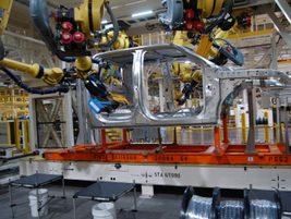 Assembling Ford's Aluminum Body F-150