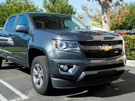 This extended cab all-wheel-drive Colorado is powered by a 3.6-liter V-6 paired with a six-speed...