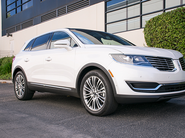 The 2016 MKX competes with other mid-size luxury SUVs such at the Lexus RX, Audi Q5, and BMW X3.