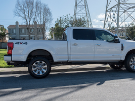 This F-250 offers a payload capability of 3,450 pounds with the 160-inch wheelbase.