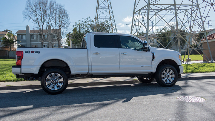 This F-250 offers a payload capability of3,450 pounds with the 160-inch wheelbase.