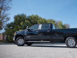 This F-350 XL has a 176-inch wheelbase.