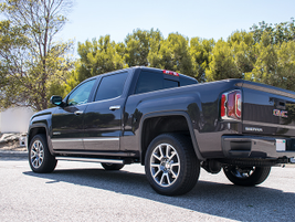 The truck rides on 20-inch aluminum wheels. It can pull 7,200 pounds.