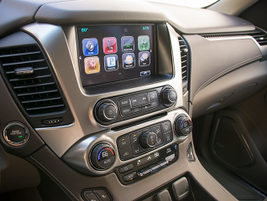 The Tahoe now includes Apple CarPlay compatibility that's displayed on an 8-inch screen.