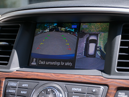 An optional 360-view camera system helps drivers maneuver the SUV in parking stalls.