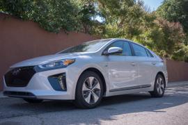Hyundai's 2017 Ioniq Electric