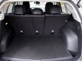 Cargo area comes in at 22.7 cubic feet and between 53.6 to 62.7 cubic feet with the seating area.