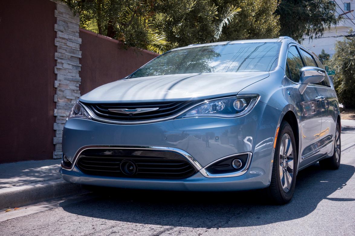 The PHEV version of Chrysler's new minivan looks sleek and a bit futuristic.