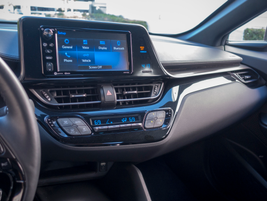 A 7-inch touch-screen display supports infotainment sources.