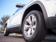 The Atlas rides on 18-inch aluminum alloy wheels and Continental all-season tires.